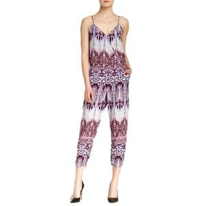Parker | V-Neck Sleeveless Jumpsuit in Joplin